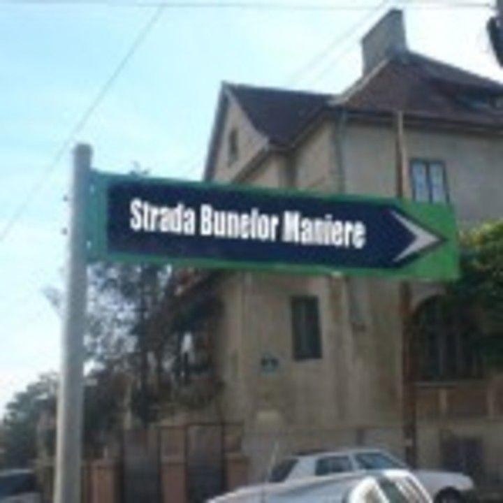 Strada Bunelor Maniere