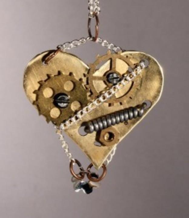 Bijuterii din piese de ceas