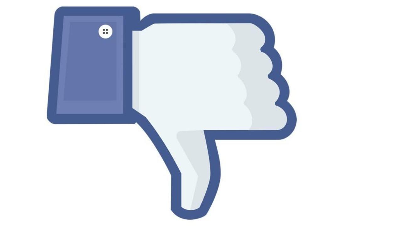 Problema cuplurilor pe Facebook