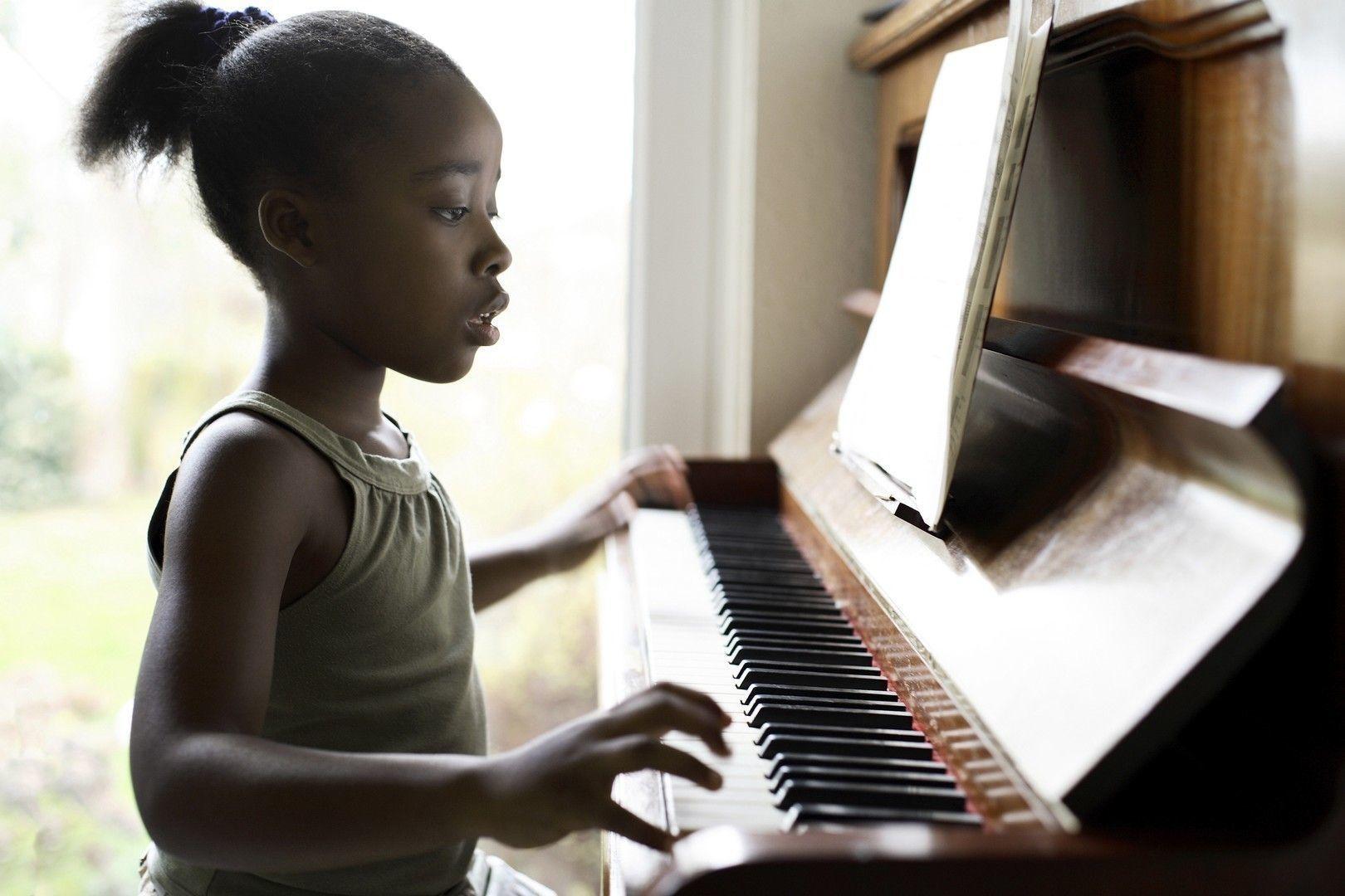 De ce e tot mai proasta muzica?