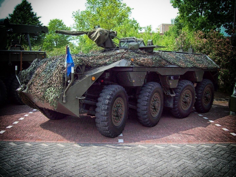 Cine dracu' mai are nevoie de tancuri