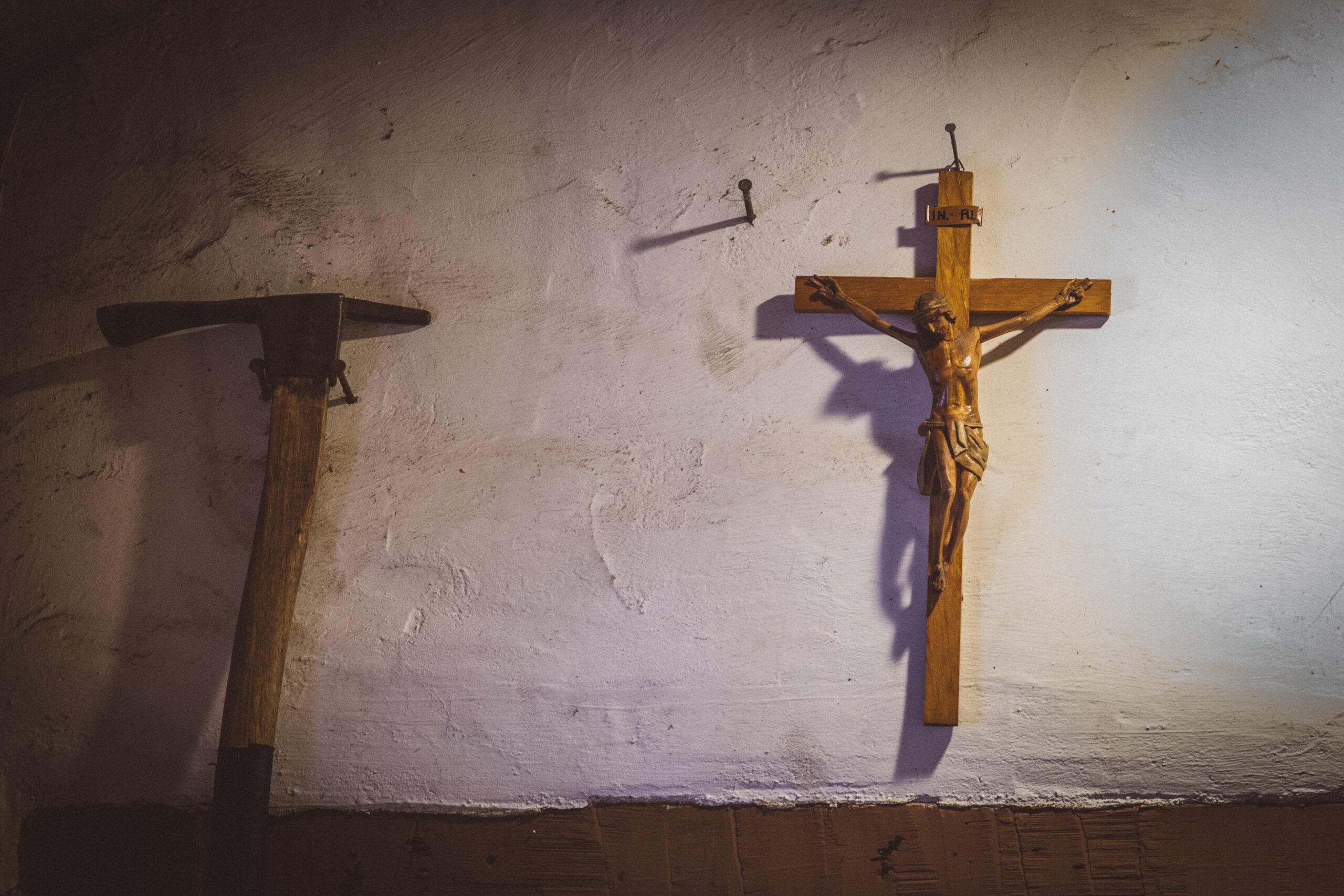 neuestock-crosses-4