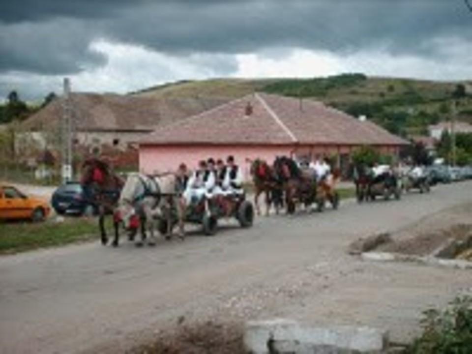 Fiii satului Cenade