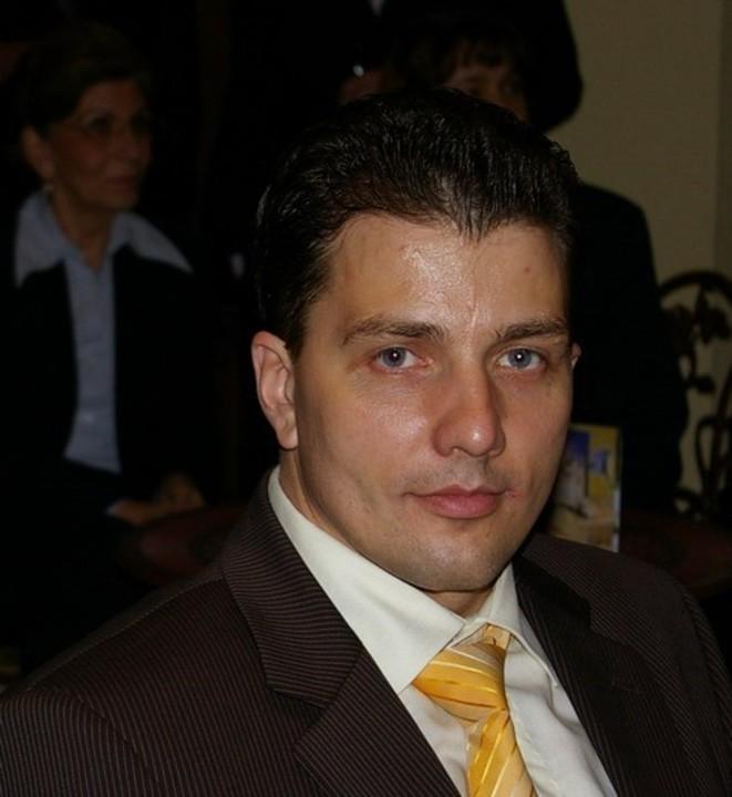Laura Dobrota s-a despartit de Ioan Bordianu